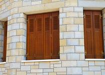 Βερνίκια για ξύλο & πέτρα